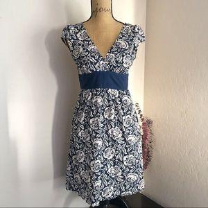 {Forever} Floral V-neck Dress {M}